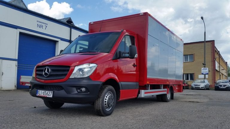 #08 Mercedes-Benz Sprinter 519 CDI