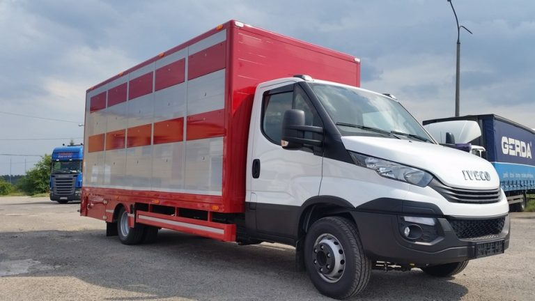 #09 Iveco Daily 72C18