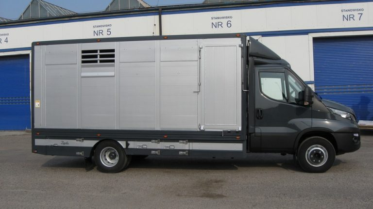 #14 Iveco Daily 72C18