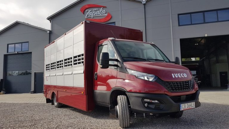 #21 Iveco Daily 72C18